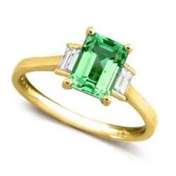 9ct Gold Emerald and Diamond Baguette Cut Trilogy Ring 8889/9Y/DQ10E