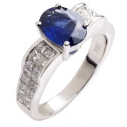 18ct White Gold Oval Sapphire and Diamond Shouldered Chunky Ring 18DR446-S-W M