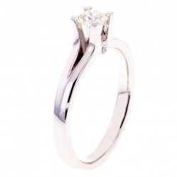 Arctic Circle Diamonds 18ct White Gold 0.30ct Ideal Square Solitaire Diamond Ring UKR1081630