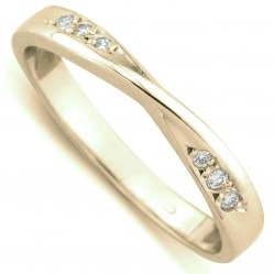 9ct Yellow Gold 3mm Diamond Narrow Twist Wedding Ring 8902/9Y/DQ7 O