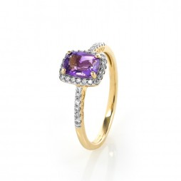 9ct Gold Cushion-cut Amethyst and Diamond Cluster Ring GR281M