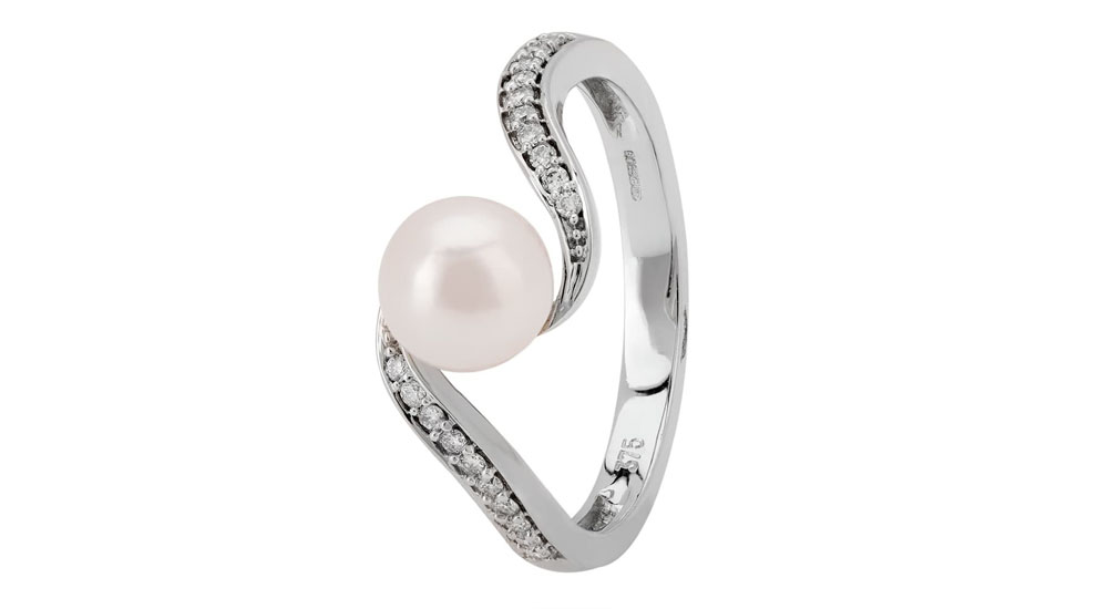 9ct White Gold Freshwater Pearl and Diamond Twist Ring