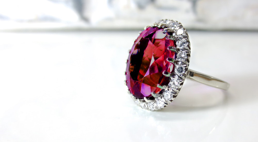 Best Ruby Engagement Rings Under £1000